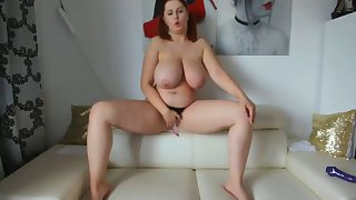 sexy chubby alexsis on free webcam site