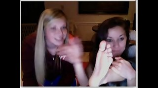 chatroulette girls feet 34
