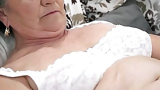 Elder hairy pussy filled with youthfull cock
